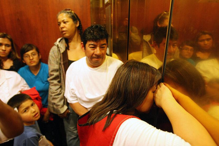 エレベーター心理学のしくみ