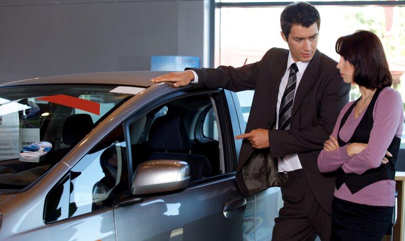 月末は本当に車を買うのに最適な時期ですか?