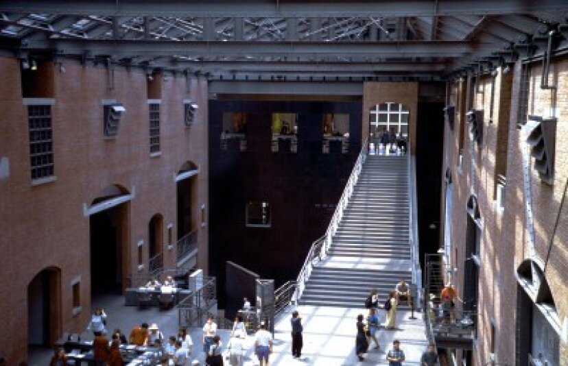 家族での休暇:米国ホロコースト記念博物館