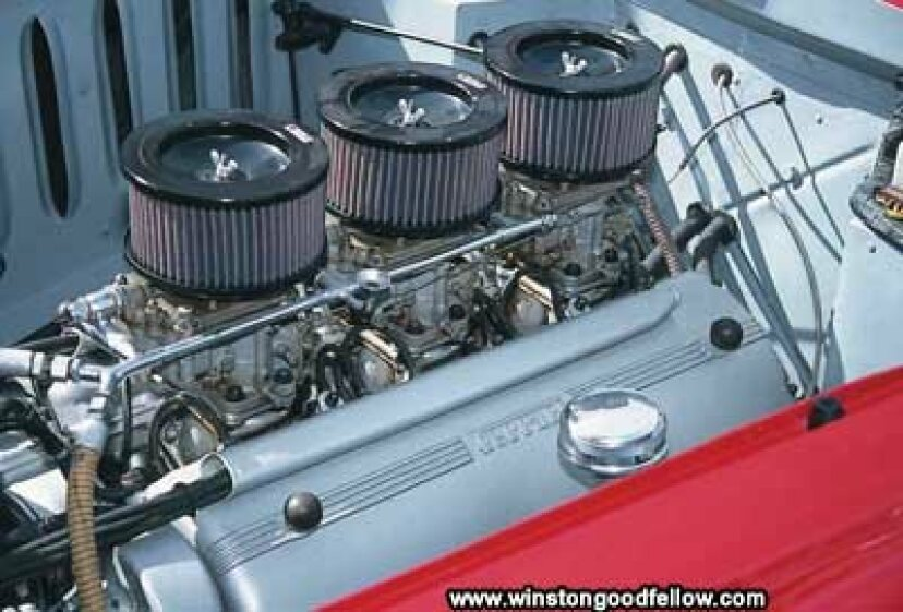フェラーリエンジンを搭載した他の車