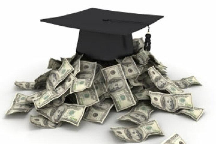 学資援助と助成金の違いは何ですか?