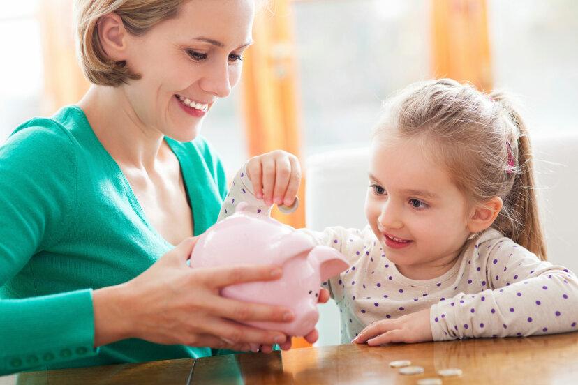 あなたの子供の生活の中で計画する10の金融イベント