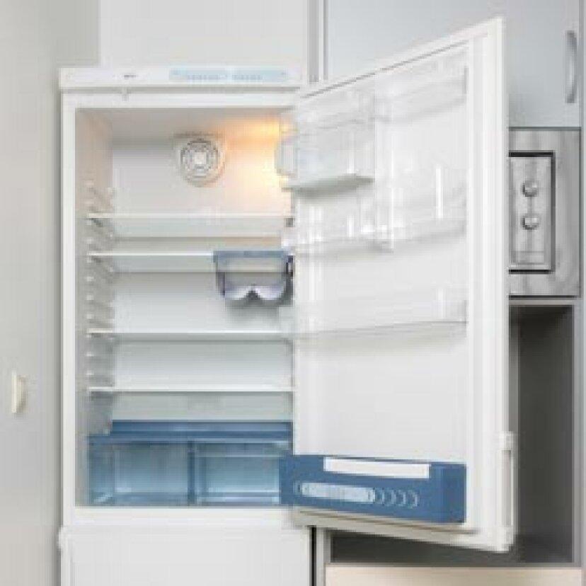 冷蔵庫をすばやく掃除するための5つのヒント