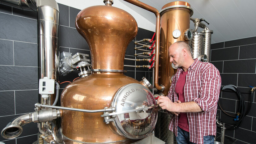 gin distiller