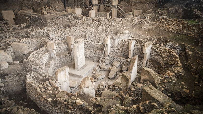 ギョベクリテペ:11、000年前の人間の姿を示唆する寺院