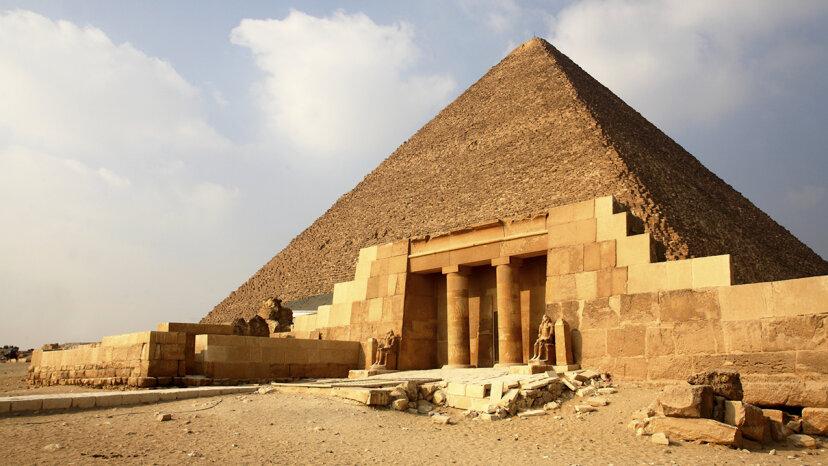 宇宙線が大ピラミッドの秘密の虚空をどのように明らかにしたか