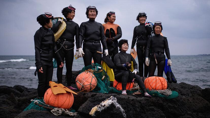 Korean female free divers