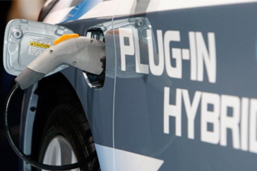 プラグインハイブリッド車の充電方法