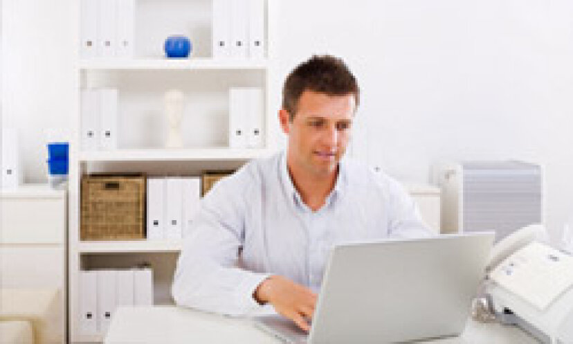 客室にホームオフィスをどのように作成しますか?