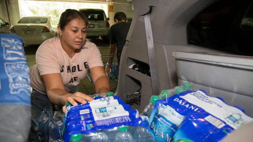 Hurricane Lane water