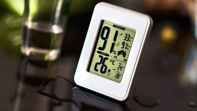 あなたはサーモスタットを持っていますが、湿度計も必要ですか?