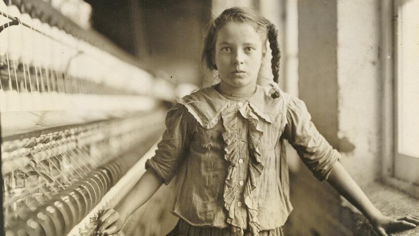 """纺织厂的女孩""""border="""