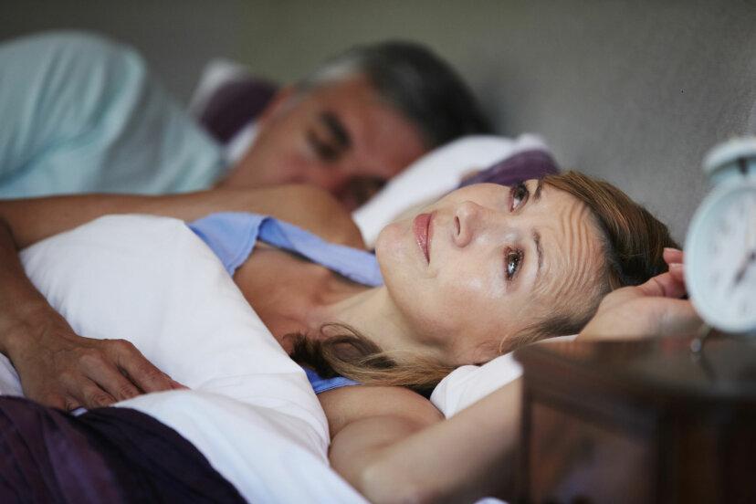 加齢とともに睡眠習慣はどのように変化しますか?