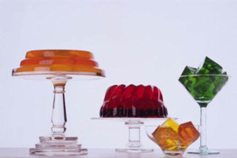 Jell-Oは正確には何から作られていますか?