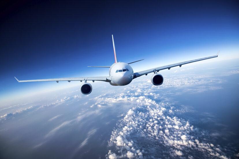 レーザーポインターはどのようにして飛行機を降ろすことができますか?