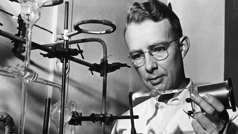 原子爆弾、小惑星、JFK:物理学者ルイスアルバレスの野生のアイデア