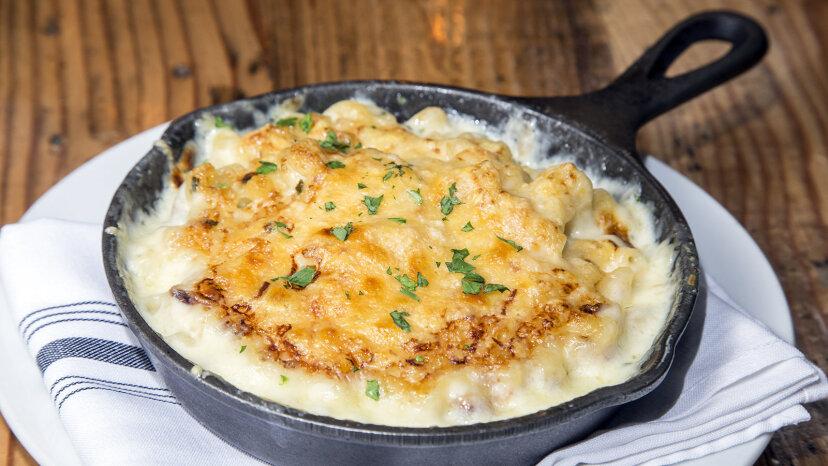最初のマカロニとチーズを作ったのは誰ですか?