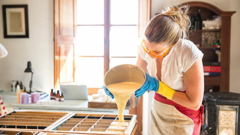 鹸化:石鹸作りの背後にある科学