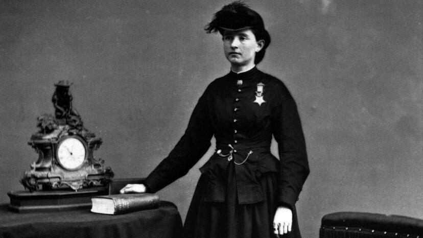 Mary Edwards Walker: Bürgerkriegschirurgin und die einzige weibliche Ehrenmedaillenempfängerin