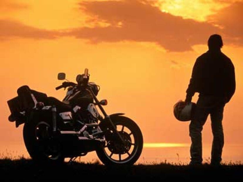 オートバイのけん引の安全性の仕組み