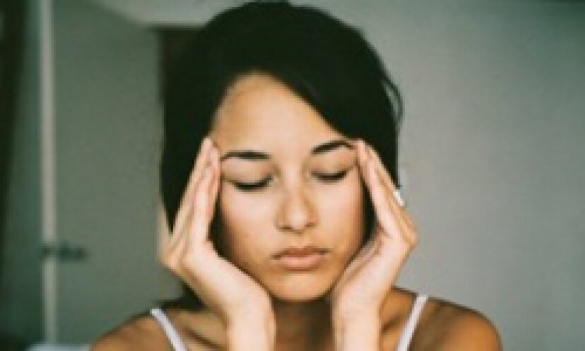 頭痛を治すためのツボを見つける方法