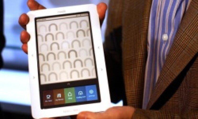 Barnes and Noble NookeReaderのバッテリーを交換する方法