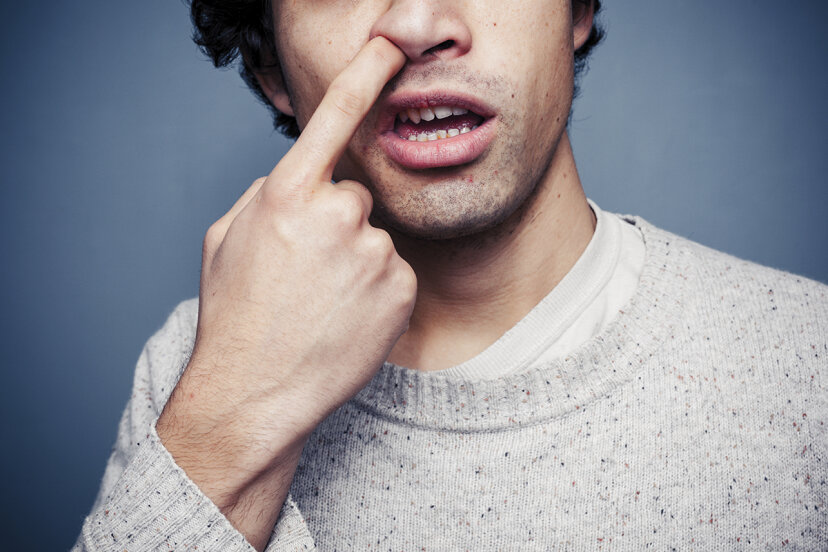 鼻くそはどのように鼻に形成されますか?