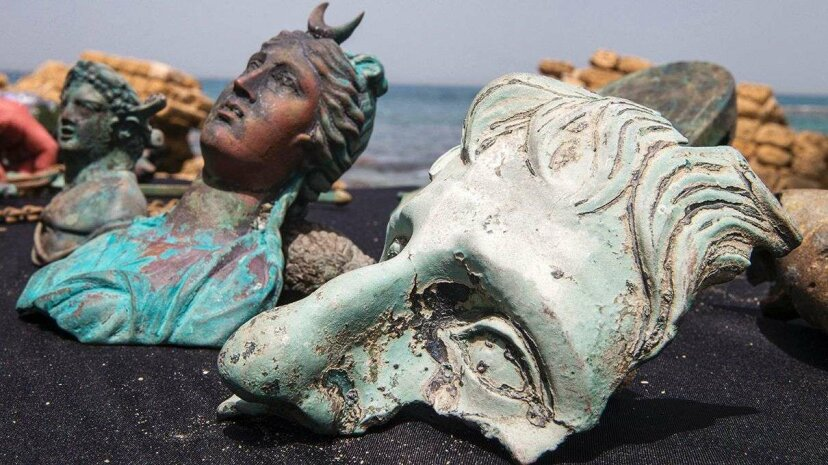 Divers Discovered a Spectacular, Ancient and Important Cargo of a Shipwreck Israel Antiquities Authority