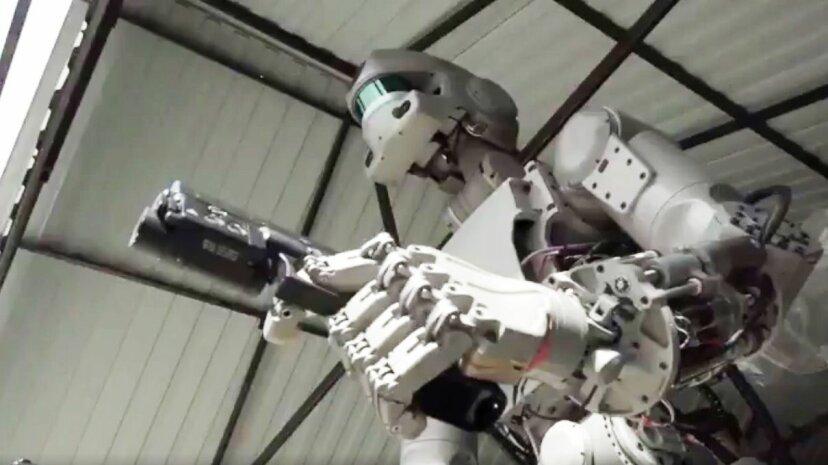 El robot ruso con armas no es un terminador, dice un funcionario ruso