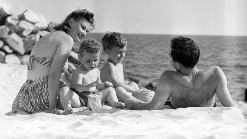 How much do seasonal events (like the annual family holiday) play into when couples get divorced? George Marks/Retrofile/Getty Images