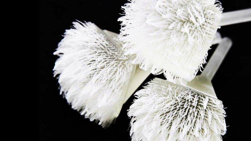 3Dプリントの画期的な技術で作成されたプログラム可能な髪