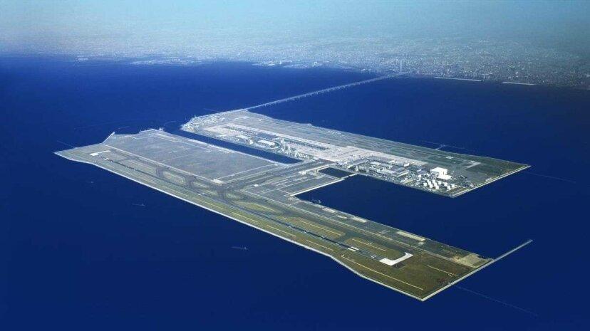 浮かぶ空港