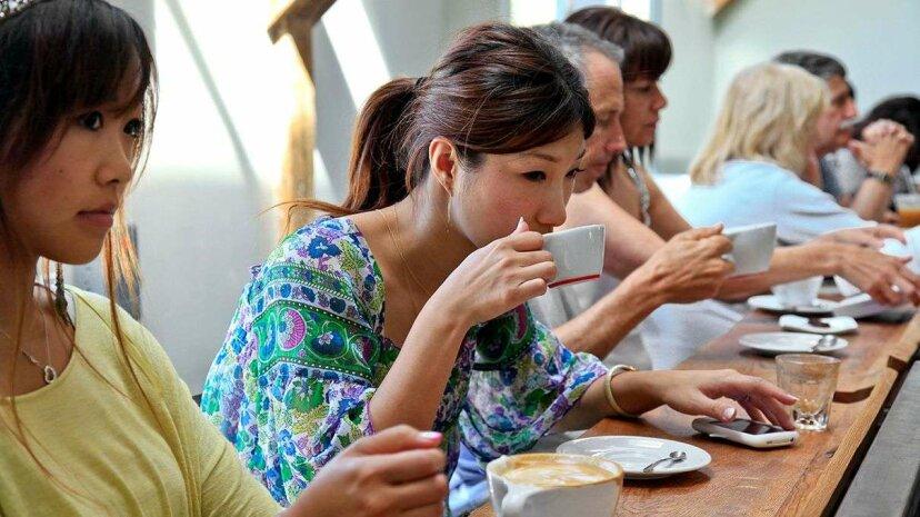 毎日のコーヒーは肝臓病と多発性硬化症の両方のリスクを下げる可能性があります
