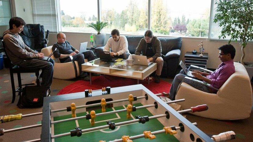 誰かが本当にフーズボールテーブルを使用していますか?従業員が実際に望んでいるオフィス特典