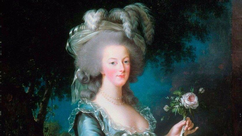 Marie Antoinette's portrait here was painted by Louise lisabeth Vige Le Brun, a favorite artist. Fine Art Images/Getty Images