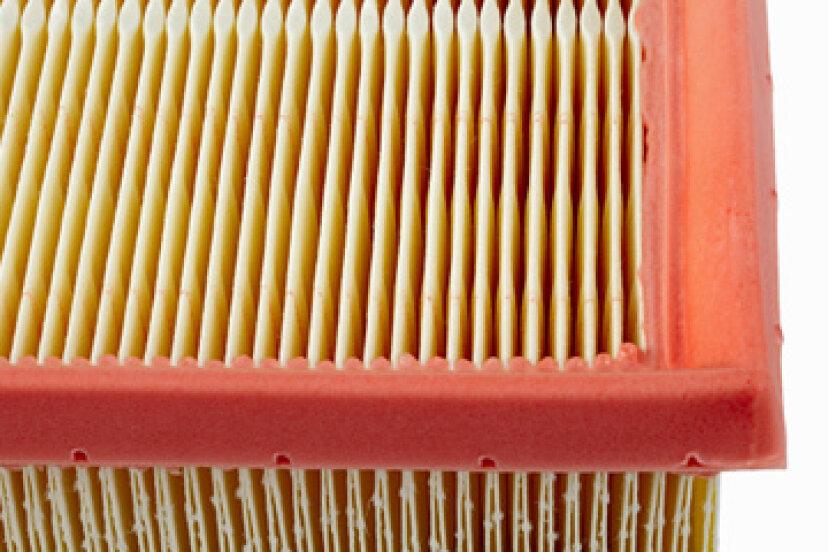 オイルフィルターとエアフィルターはエンジンにどのように影響しますか?