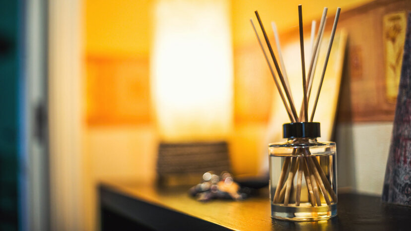 Los difusores de aceite hacen que su casa huela muy bien, pero ¿son seguros?