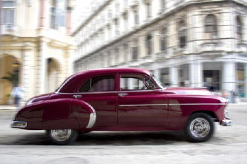 古い車にはどのくらいの保険が必要ですか?