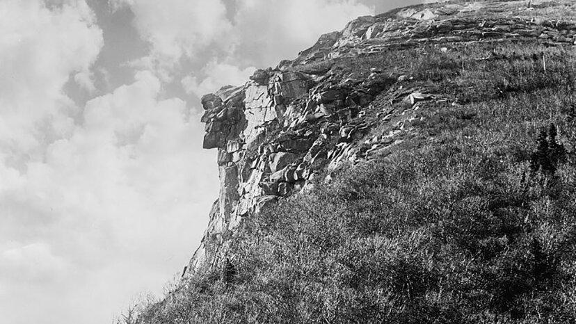 Mimetolitos: las caras que vemos en las formaciones rocosas