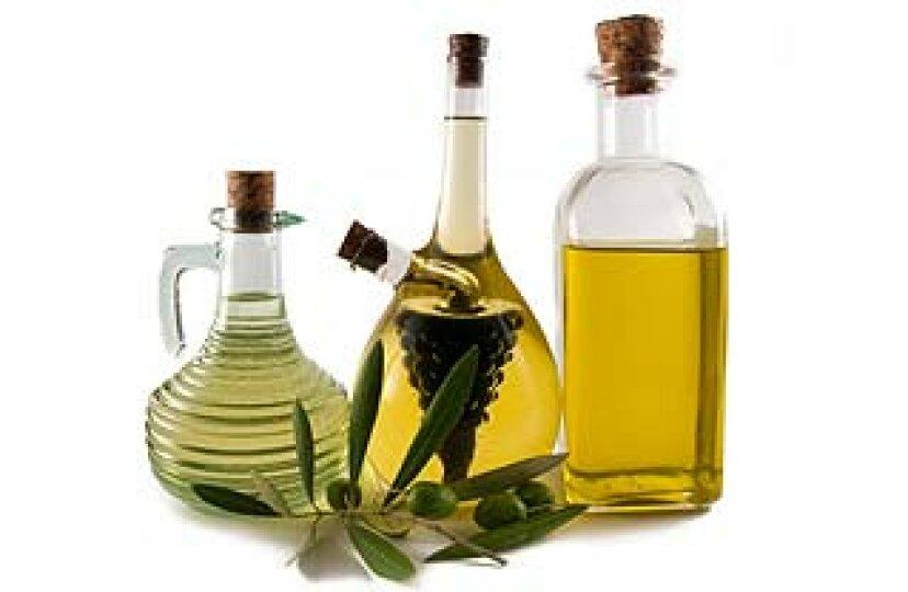 オイルクレンジング:ヒマシ油とオリーブオイルの洗顔は本当に機能しますか?