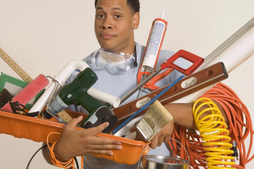 あなたがあなたの家の外面を塗るのに必要な10の道具