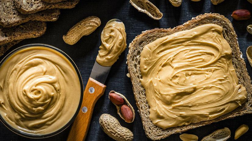 ¿Cuánta mantequilla hay en la mantequilla de maní?