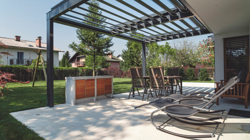 Fixed shade canopy pergola