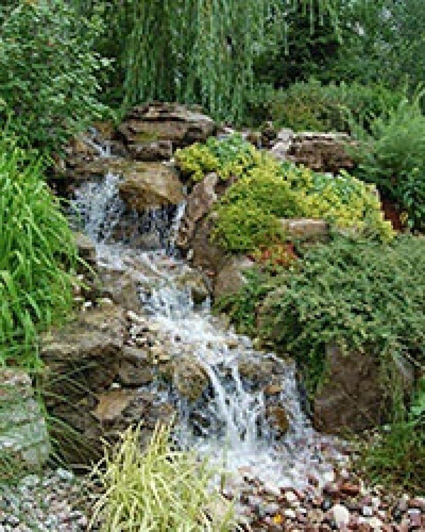 5つの素晴らしい裏庭の滝