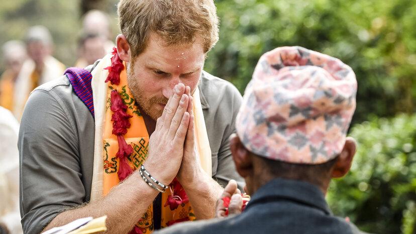 Namaste: Es bedeutet nicht nur, dass der Yoga-Unterricht vorbei ist