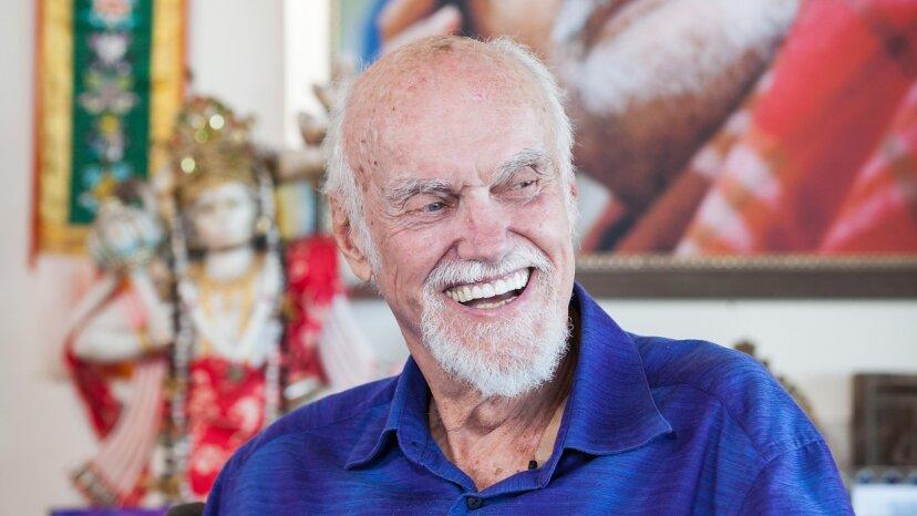 El difunto Ram Dass, líder espiritual de renombre, vive a través de sus enseñanzas