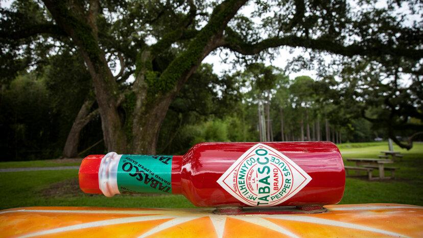 No sería salsa tabasco sin el palo rojo