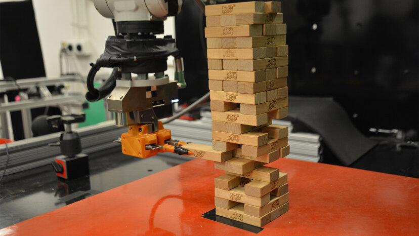 robot jenga