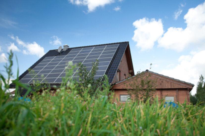 太陽光発電だけであなたの家を運営する方法