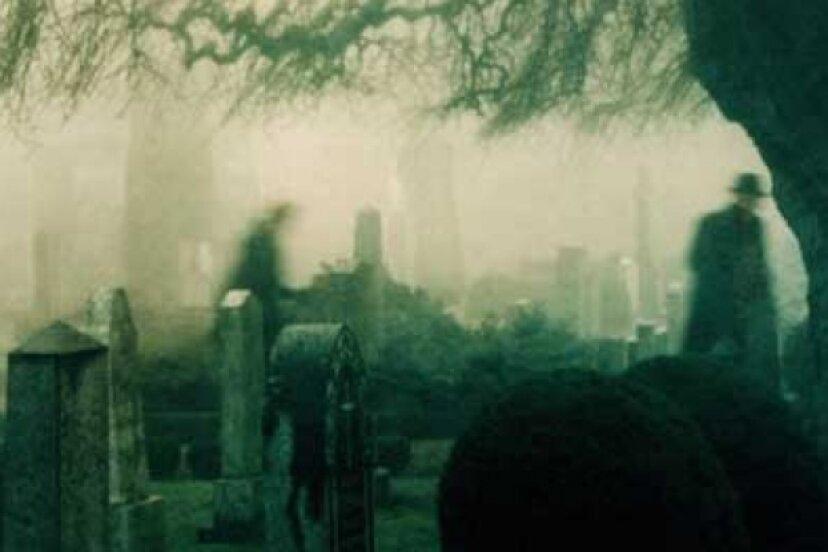 墓地が怖いのは何ですか?